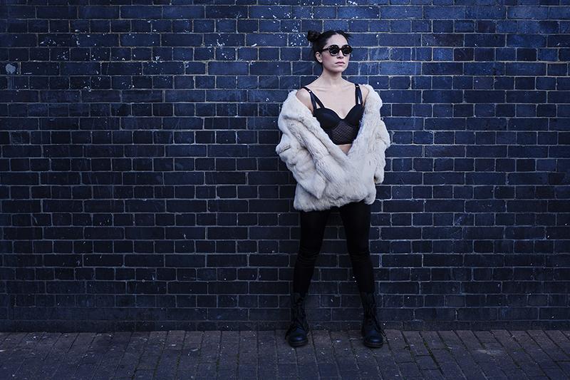 Model: Paola Pestana - London, UK